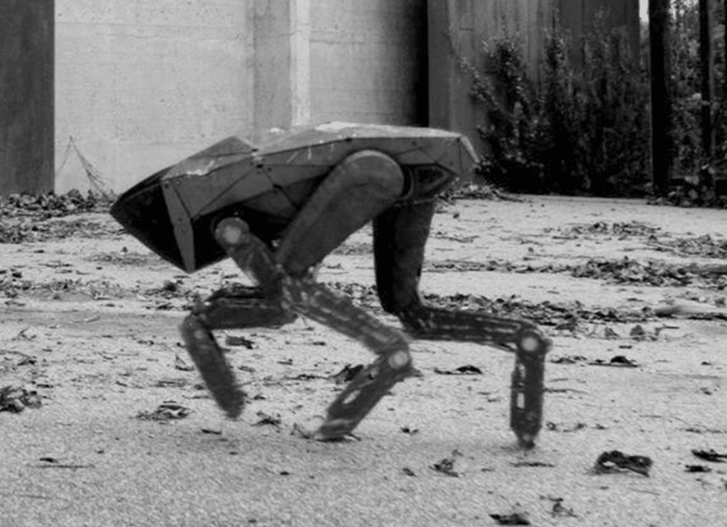 Killer Robot in Black Mirror (Metalhead)